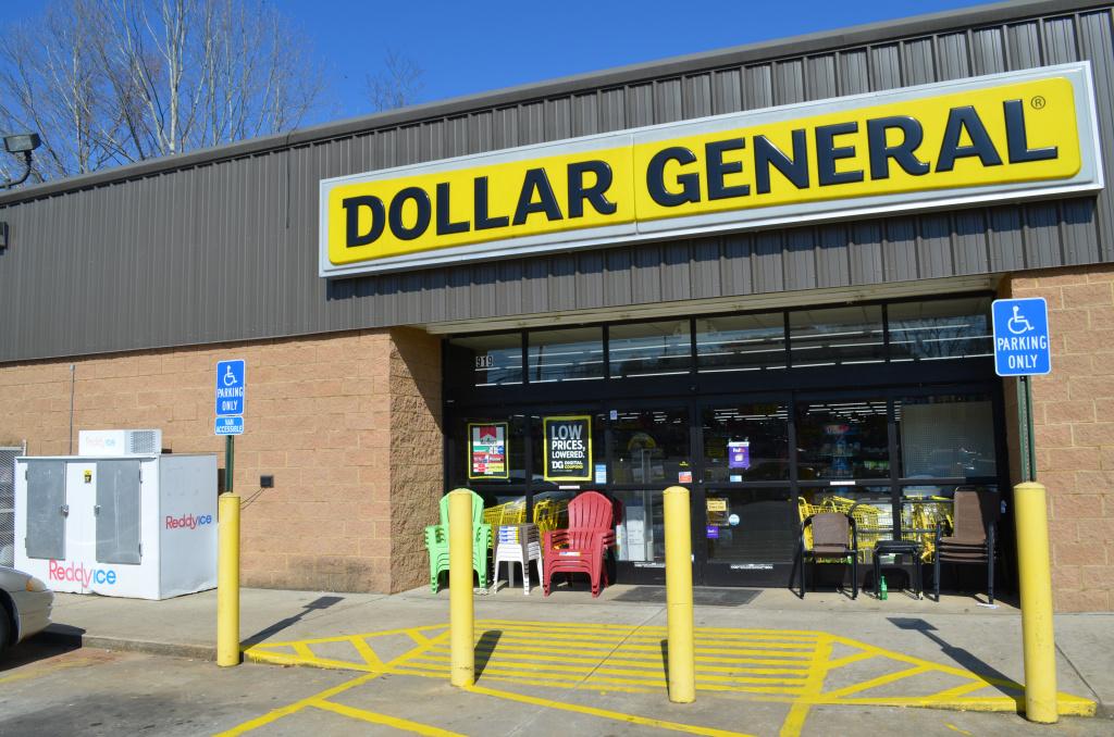 IOB - Warren - Dollar General